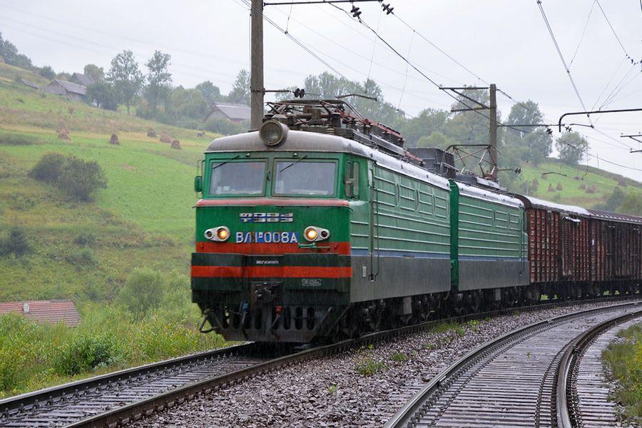 train 1 - За январь - апрель Юго-Западная жд перевезла более 9,5 млн тонн грузов